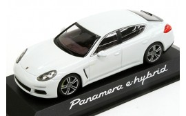 Porsche Model Car Panamera 2nd Generation - White