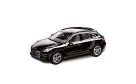 Porsche Model Car Macan Turbo, 1:43