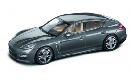 Porsche MODEL CAR PANAMERA TURBO S