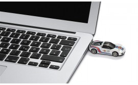 Porsche 918 Spyder USB Memory Stick