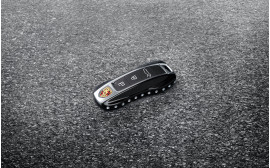 Porsche Black (high-gloss) Key caps with Swarovski® stones