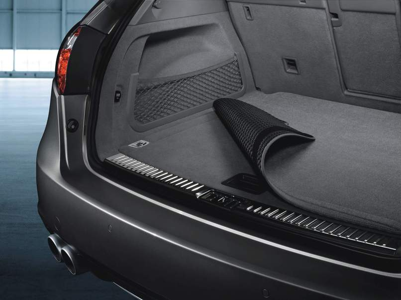 Porsche Reversible Luggage Compartment Mat With Nubuk Surround