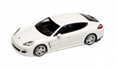 Porsche Model Car Panamera Diesel, 1:43