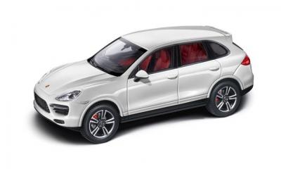 Porsche Model Car Cayenne Turbo S