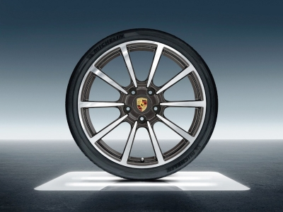 Porsche 20-inch Carrera Classic Summer Wheel-and-Tire Set