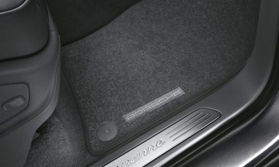Porsche Cayenne Carpeted Floor Mats- 4 Zone AC