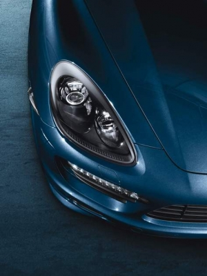 Porsche Bi-Xenon Headlights in Black, PDLS