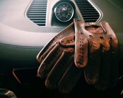 Men's Italian Leather Driving Gloves by Fratelli Orsini - Brown