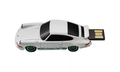 Porsche Carrera RS 2.7 USB Stick