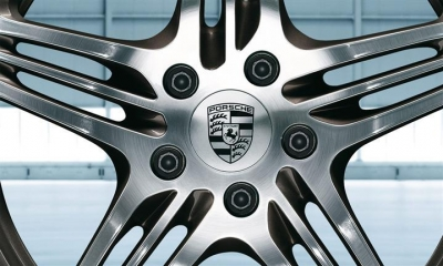 Porsche Crest Center Wheel Cap